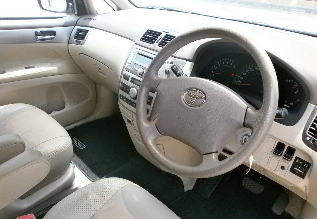 Toyota Picnic 2 0a